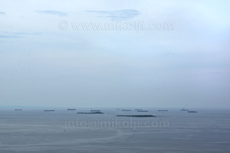 Port, ships, blue, boats, calm, cloud, stock, royalty free, color image, color photography, color picture, day, elevated view, empty, exploring, exterior, horizon, image, monochrome, no people, ocean, outdoors, peaceful, photograph, photography, picture, stock photograph, stock picture, transportation, Puerto cabello, Puerto, Carabobo, Venezuela, bolipuertos, wallpaper, background, ivan, mikolji, mar, oceano, islas, islands, Venezuela, calendarios, libres de derecho, fotos publicitarias, venta de fotos, dark, azul, venezolanas, fotografos, buques, barcos, carga, anclados, anchored